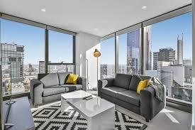 Reasons to consider serviced apartments over hotels in Brisbane